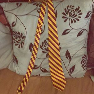 Brooks brothers tie! Great for teen